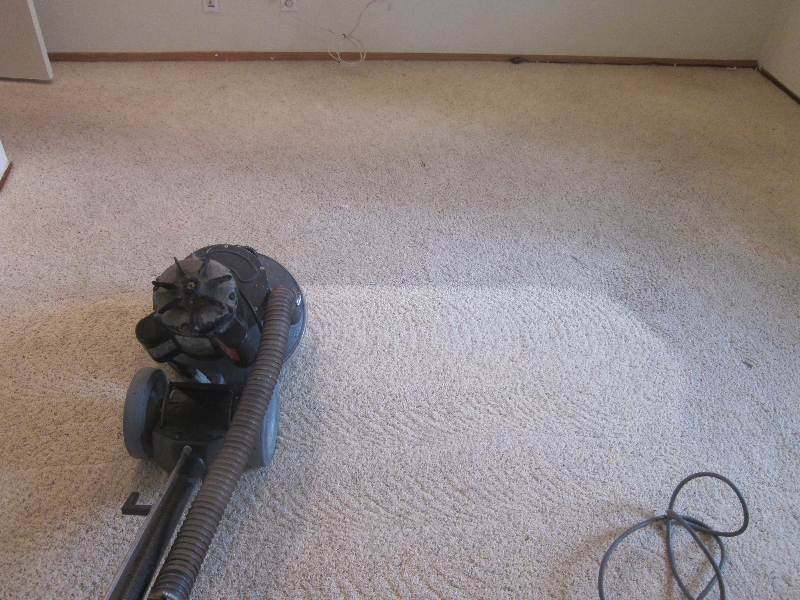 Carpet Cleaning Using rotary extractor RX-20